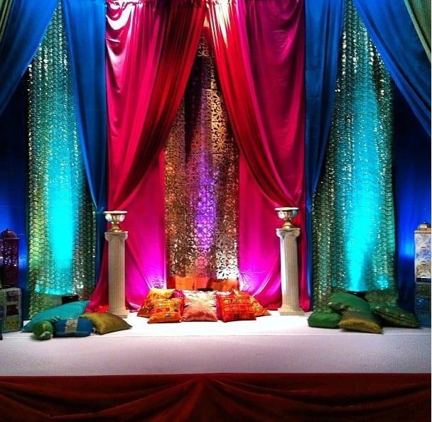 Mehndi Stage Decoration Ideas Pakistani : Eye refreshing mehndi decoration ideas sheideas