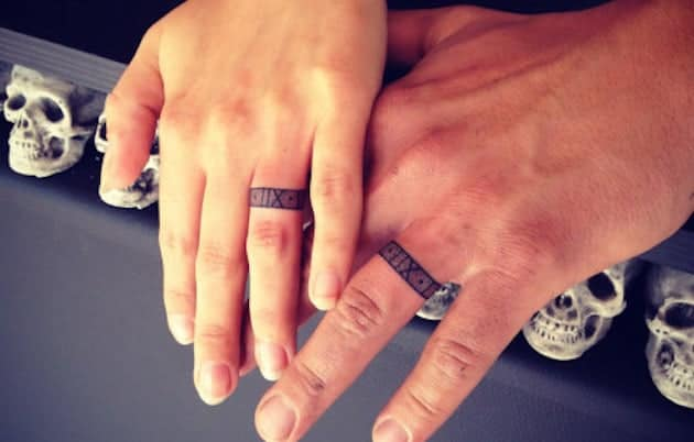 20 Magnificent Wedding Ring Tattoos Ideas - SheIdeas