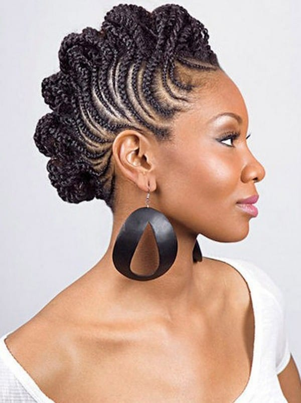 good-short-hairstyle-with-braids-for-black-women