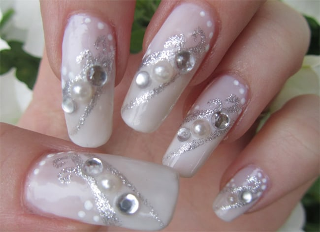 good-silver-rhinestone-nail-art-for-new-year-2017
