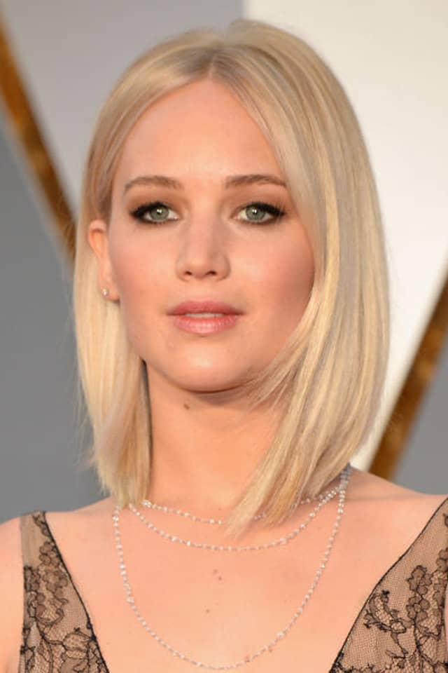 jennifer-lawrence-party-shoulder-length-hairstyles