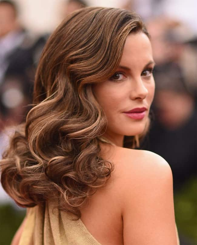 keira-knightley-medium-long-party-hairstyles-for-new-year