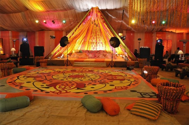 outdoor-mehndi-party-decoration-ideas-2017