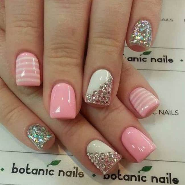 outstanding-rhinestone-nail-design-for-short-nails