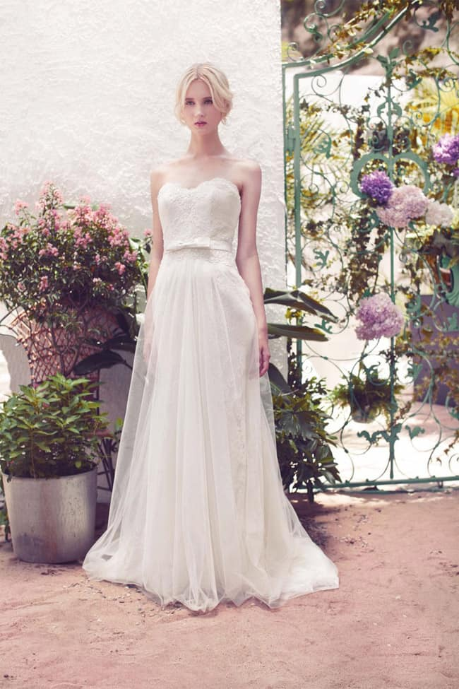 strapless-lace-and-tulle-a-line-wedding-dresses