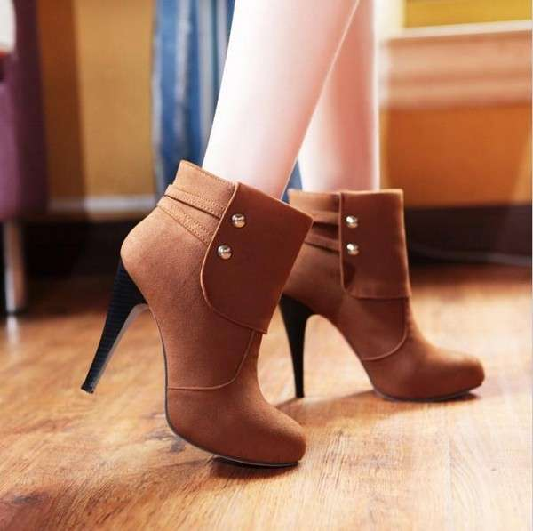 stylish-winter-heel-shoes-for-women