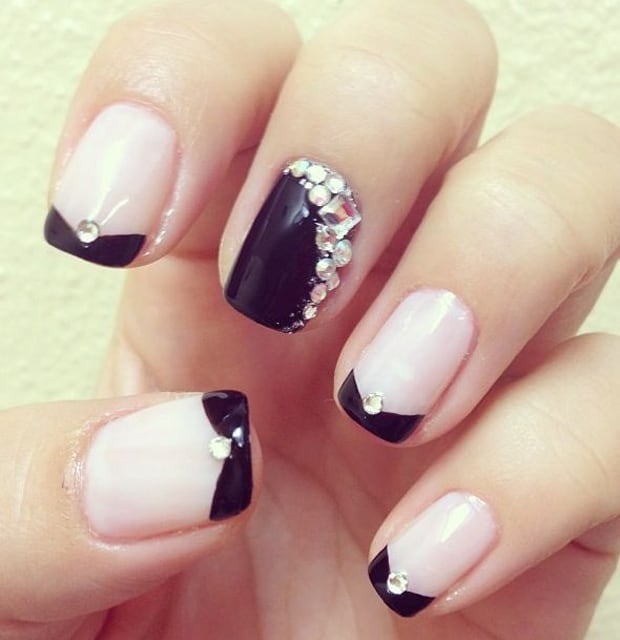 trendy-rhinestone-nails-designs-for-girls-2017