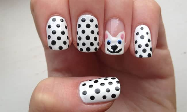 white-and-black-dotted-round-cat-nail-designs-for-girls-2017