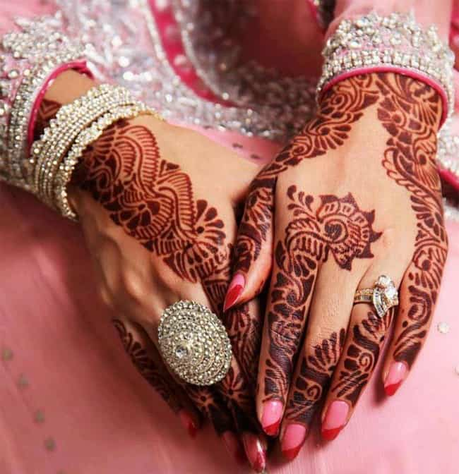 winter-pakistani-henna-designs-for-wedding-2017