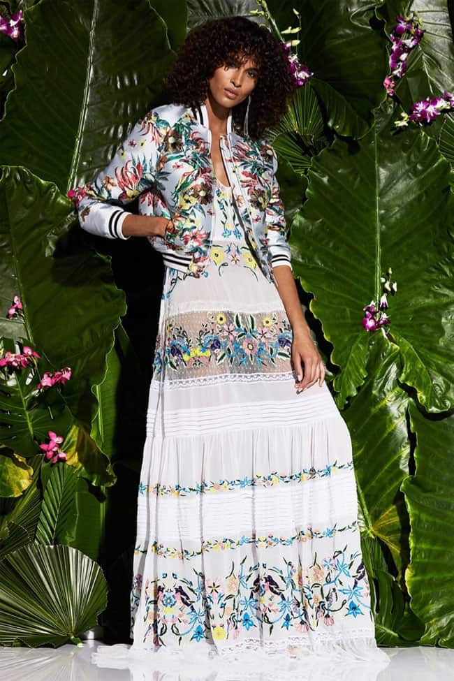 wonderful-spring-floral-maxi-outfits-for-beach-party-2017