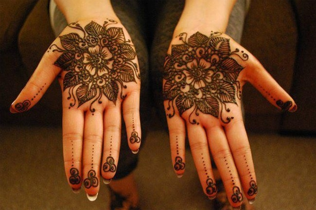 amazing-front-hands-henna-designs-for-eid-2017