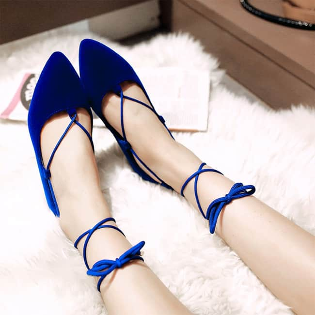 beautiful-navy-blue-ballet-shoes-for-new-year-party