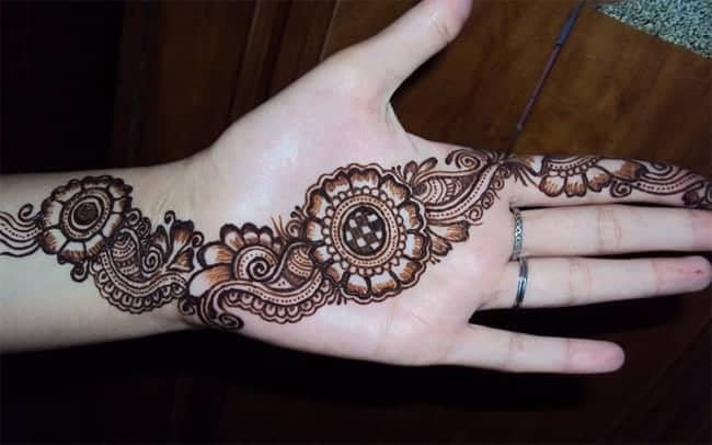 beautiful-new-mehndi-designs-for-wedding-2017