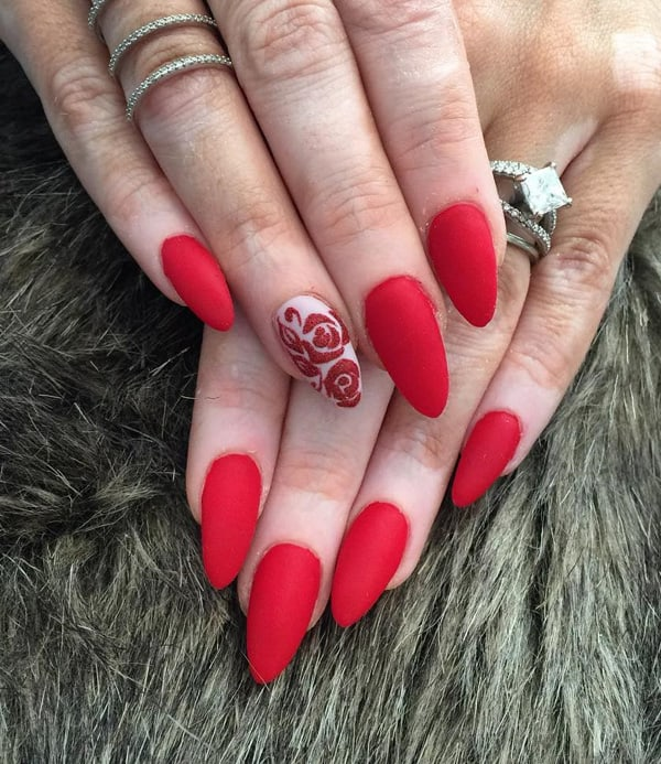 beautiful-red-and-rose-almond-nail-art-for-valentines-day