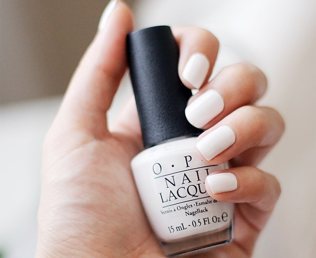 best-spring-white-nails-art-images-for-women
