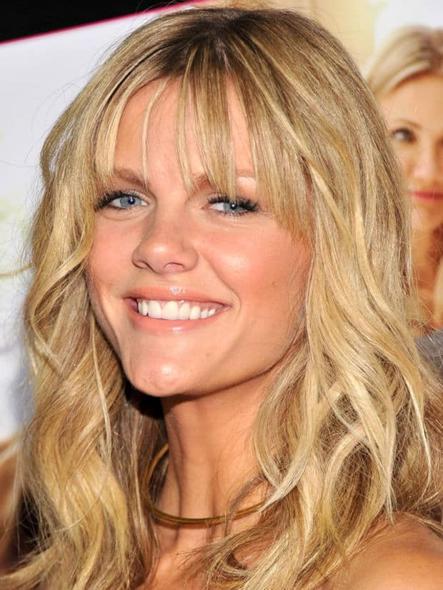 brooklyn-decker-hairstyles-with-bangs-for-triangle-faces