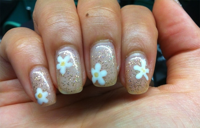 creative-gelish-floral-nail-designs