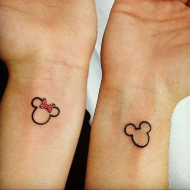 cute-small-love-tattoo-outlines-for-couple