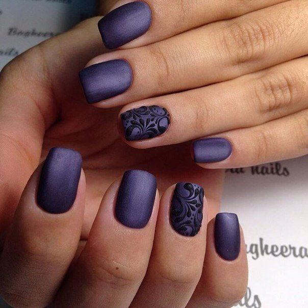 dark-blue-floral-business-women-nail-designs