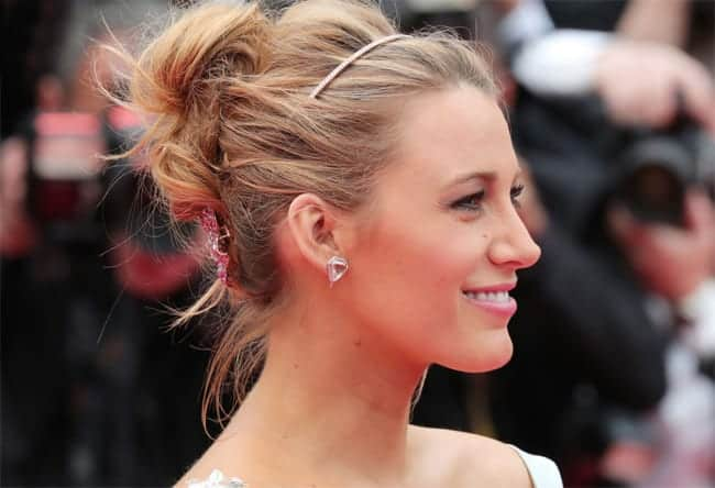 elegant-summer-party-hairstyles-for-brides-2017
