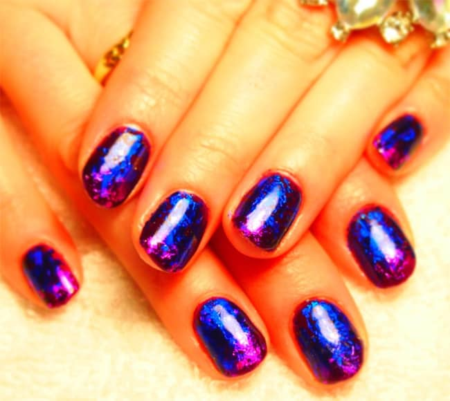 fantastic-gelish-with-nail-foils-for-ladies