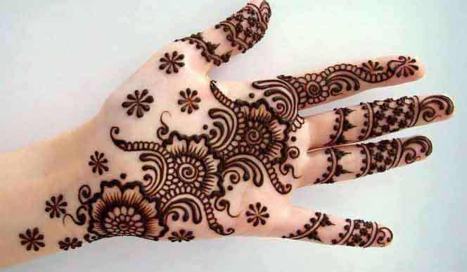 fantastic-karwa-chauth-mehndi-designs-for-girls