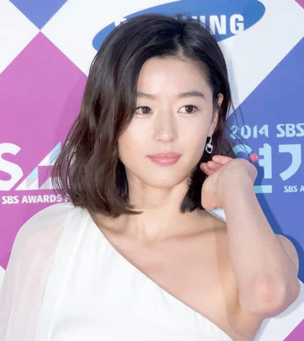 korean-actress-with-short-messy-hairstyles-2017