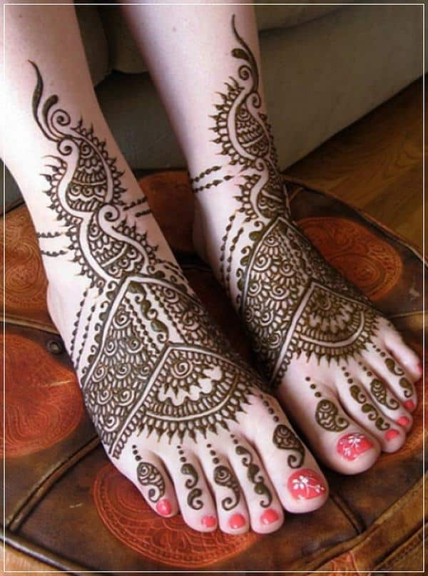 New Bridal Mehndi Designs for Feet 2017