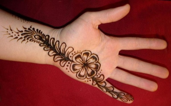 simple-arabic-mehndi-art-ideas-for-front-hand