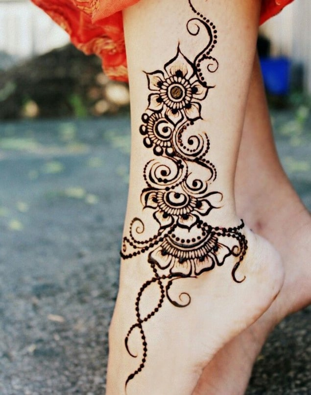 a collection of simple mehndi designs for ladies   sheideas