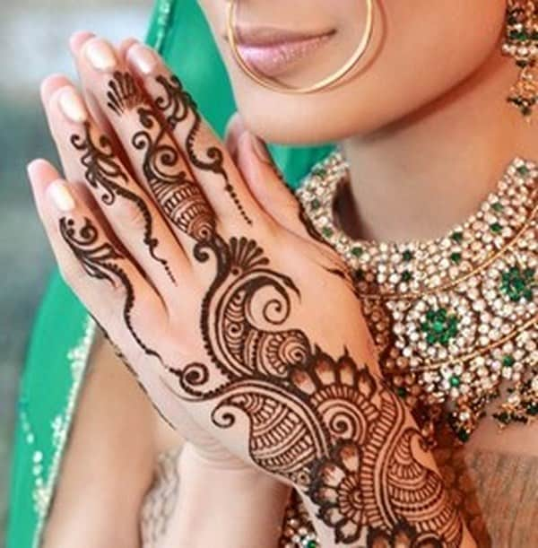stunning-bridal-mehndi-designs-2017-for-wedding