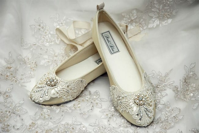 wedding-dress-with-ballet-bridal-flats-2017