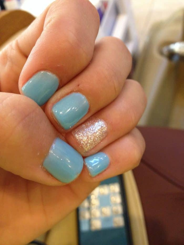 New Shellac Glitter Nails Art Ideas