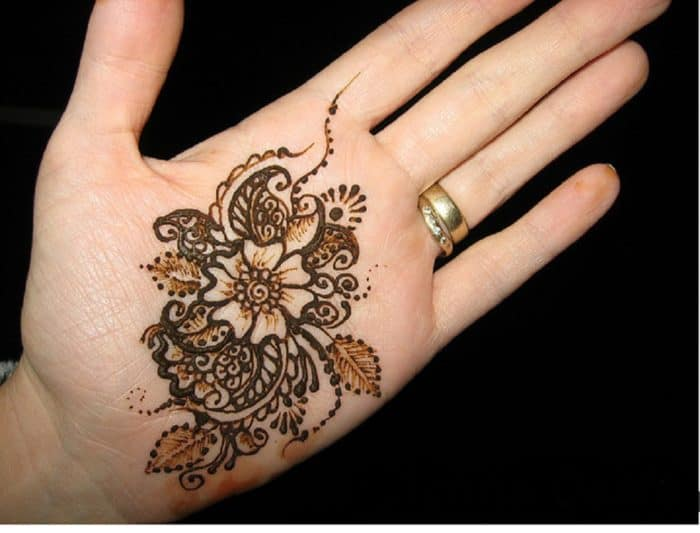 Mehndi Heart Shape : Latest mehndi designs for brides sheideas