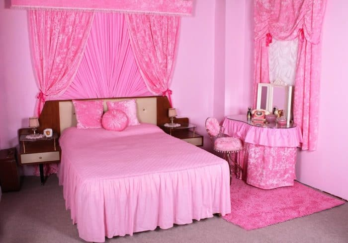 30 outstanding bedroom designs for teenagers 2017 sheideas for Bedroom designs pink and black