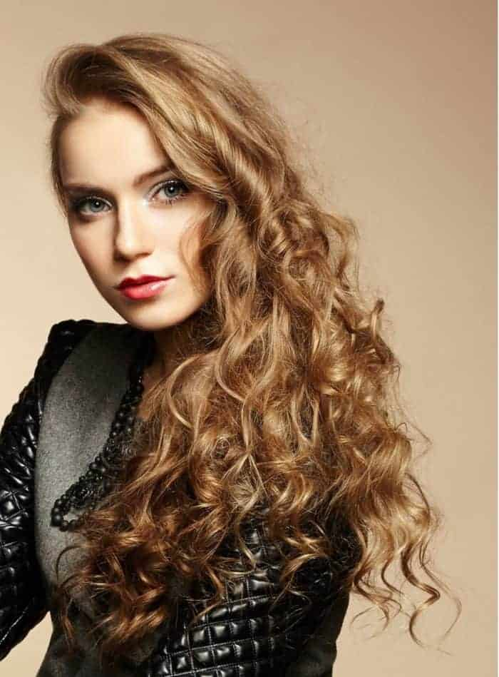 22 Latest Women Curly Long Hairstyles Pictures - SheIdeas