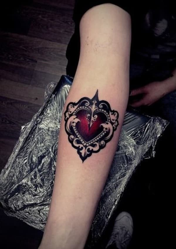 35 incredible heart tattoos designs collection sheideas. Black Bedroom Furniture Sets. Home Design Ideas