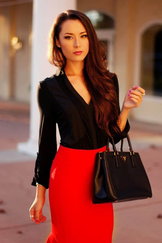 17 Most Beautiful Red Skirt Outfits Images – SheIdeas