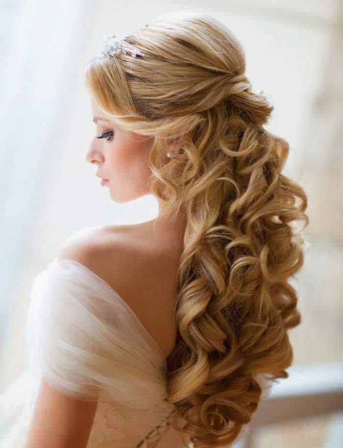 15 Amazing and Beautiful Formal Hairstyles Pictures - SheIdeas