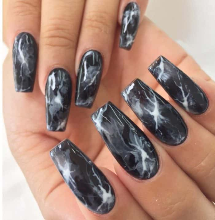 22 Hottest Black Nail Designs Pictures 2017