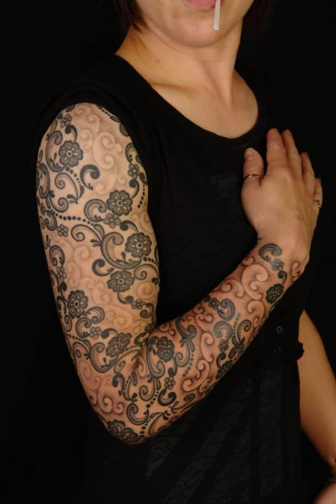 Sleeve Tattoo Artist: 17 Awesome Full Sleeve Tattoo Designs For Females