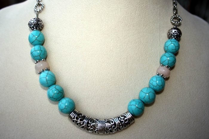 20 Homemade Necklace Designs For Ladies Sheideas