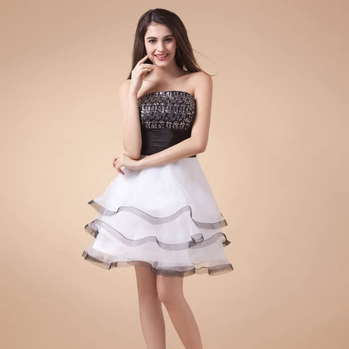 9a13346b23aee 35 Latest Short Frock Designs for Ladies – SheIdeas
