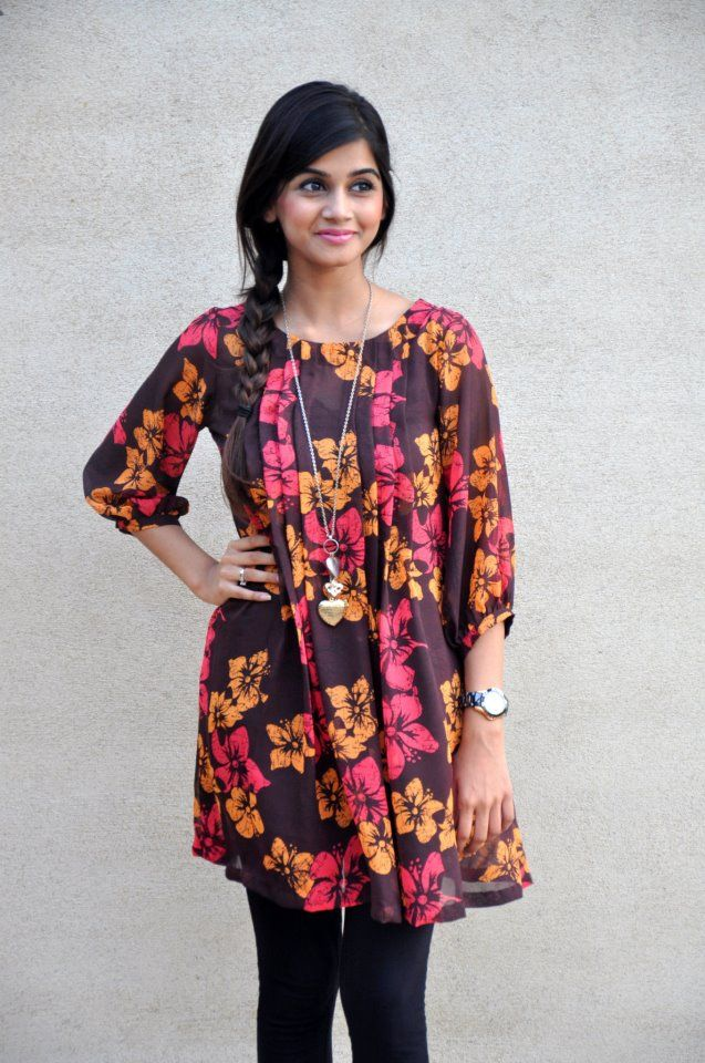 7d20ae80948f3 35 Latest Short Frock Designs for Ladies – SheIdeas
