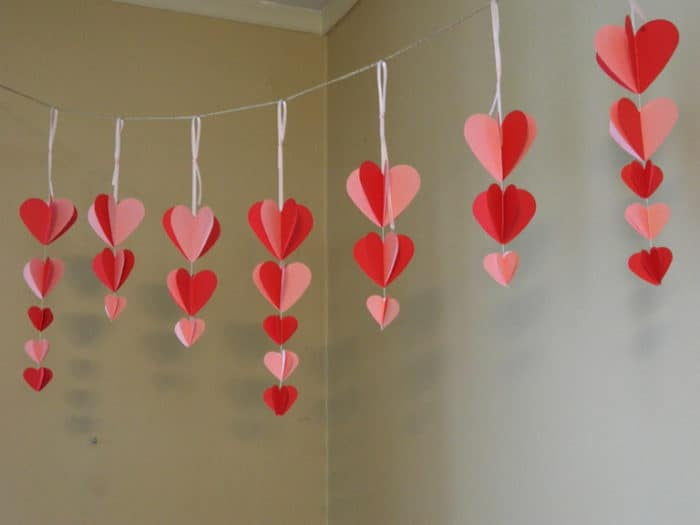 20 Amazing DIY Valentine\'s Day Decoration Ideas - SheIdeas