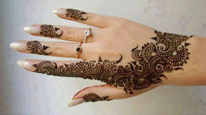 30 Stylish Summer Henna Tattoo Designs 2019