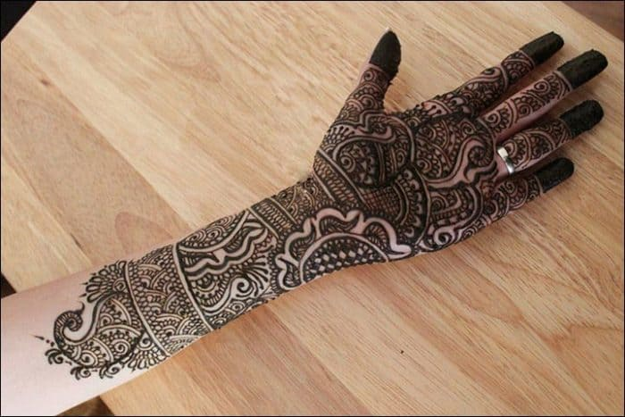 How To Put Mehndi Designs For Hands Videos Download