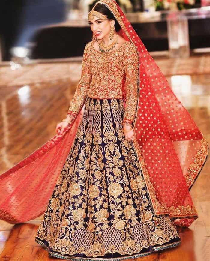 00b13ebe1 Barat Red Lehenga Choli Design for Brides. Pakistani Baraat Wedding Dresses