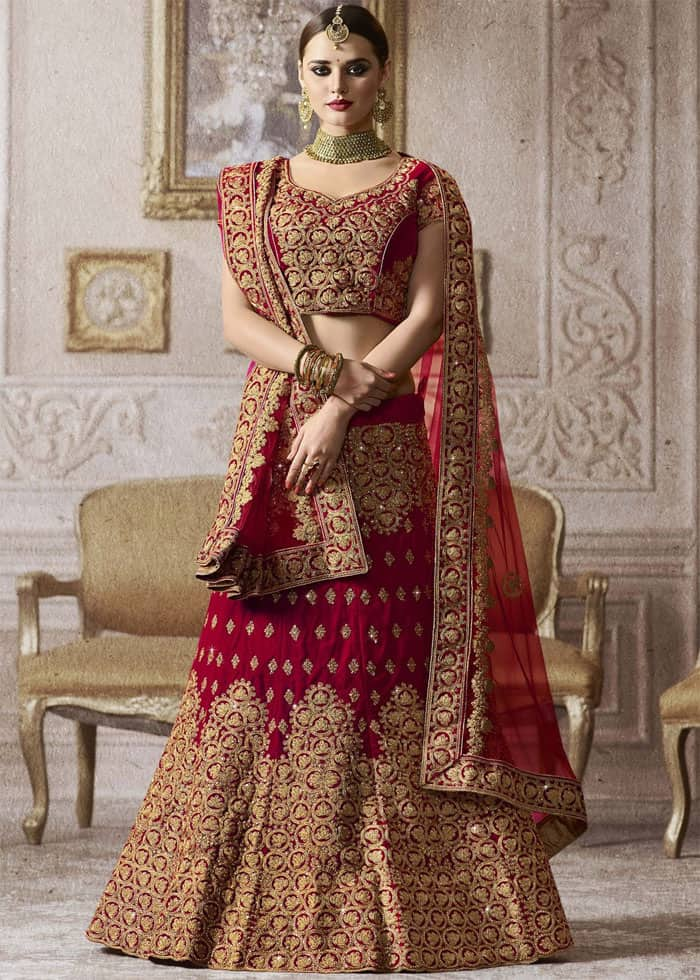 46becddb3b6 20 Latest Pakistani Baraat Wedding Dresses 2019 – SheIdeas
