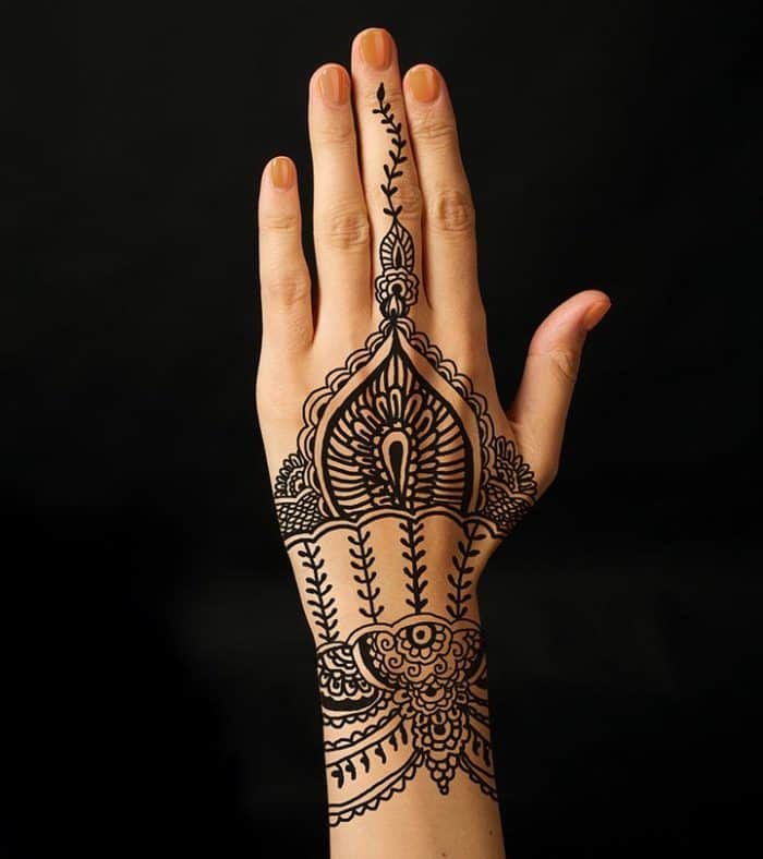 30 Attractive Arabic Cone Designs Images 2019